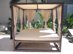 Out Door Day bed