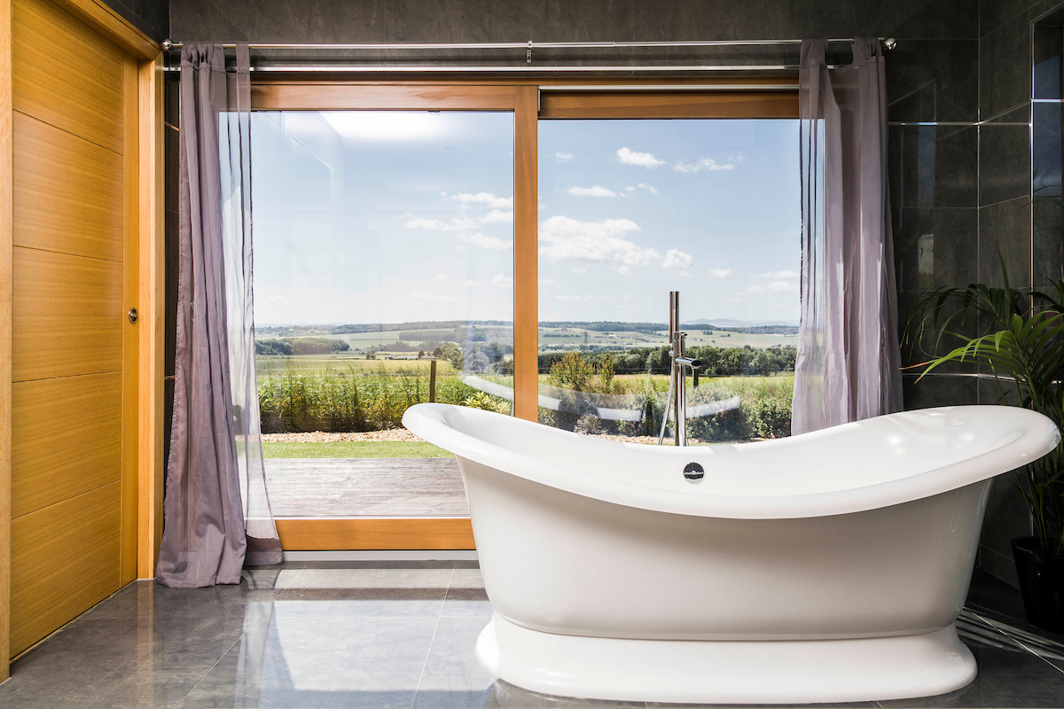 Dreamers Bath